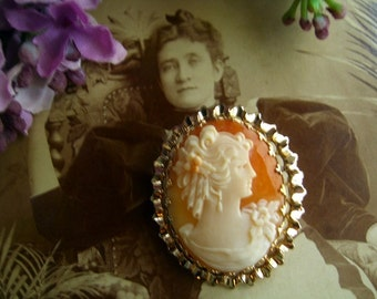 Gold Filled Cameo Brooch Pendant