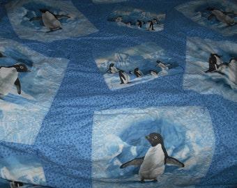 Penquin bed spread