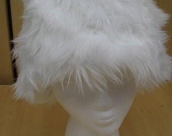 Long Elegant White Faux Fur Hat with Fleece Lining
