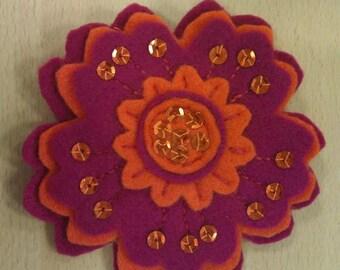 Handmade Felt Retro Flower Brooch
