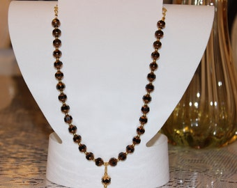 8 Cut Luster Edge Jet Glass Beaded Necklace