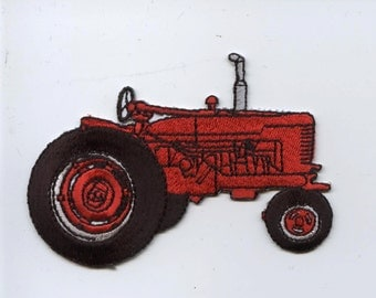 Red Farm Tractor  Iron on Applique 695689