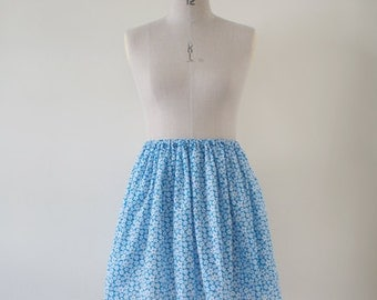 S A L E  Blue and White Floral Gathered Skirt