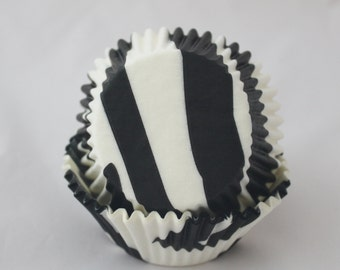 Zebra Black & White Baking Cups