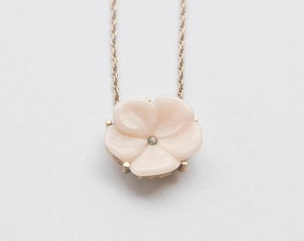Avon pink flower necklace