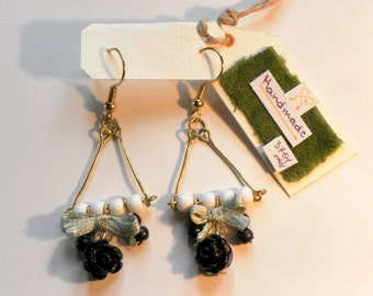 Drop earrings with beads/Ear-pendants with small coloured pearls