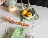 thanksgiving dinner napkins basil green