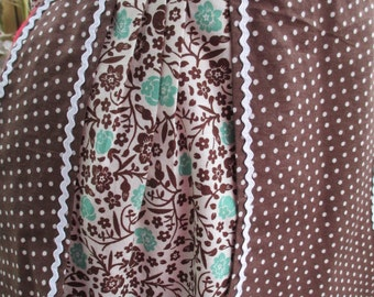 Brown Polka Dot Half Apron