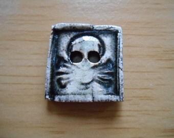 Skull Ceramic button