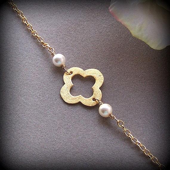 gold clover bracelet lucky four leaf quatrefoil by