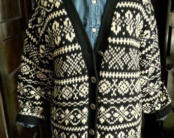 Take 15% off // Vintage ski lodge cabin cardigan chunky cotton knit size small oversized