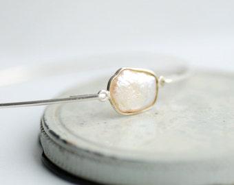 Blush Pink Pearl Bracelet, Pearl Jewelry, Pearl Bangle Bracelet, Stacking Bracelet, Silver Bangles, Bridesmaid Gift, Pink Wedding