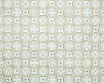 1950's Vintage Wallpaper -Metallic Gold and White Snowflake Geometric