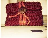 WALLET MARSALA CROCHET Red Envelope