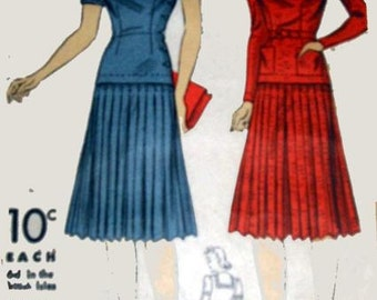 40s Pattern Vintage Du Barry 2600B Sailor Collar Dress Pleated Skirt size 16 B34