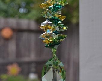 """8"""" 40mm Peridot Green Leaf Rainbow Crystal Suncatcher, Magical Dancing Rainbows, Earthy, New Leaf, Car Charm/Ornament Hanging Crystals"""