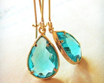 Turquoise blue/green with a gold frame, pear jewel earrings, bridal jewelry, wedding earrings, faceted blue stone