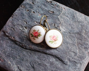 Rose cameo earrings, pink rose earrings, vintage cameo earrings, flower earrings, porcelain earrings, spring earrings