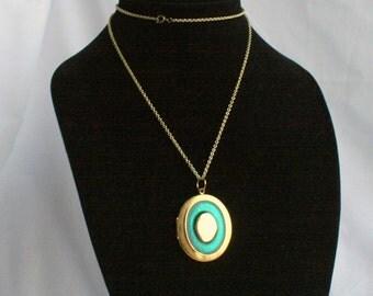 Vintage Green Enamel Gold Locket Necklace Vintage Oval Goldtone Pendant Inset Green Enamel