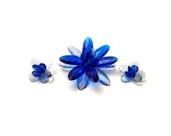 Vintage Flower Set, Brooch & Earrings Set, Blue Lucite Brooch Set Vintage 1960s Lucite Flower Demi Parure Faceted Lucite Plastic Jewelry Set