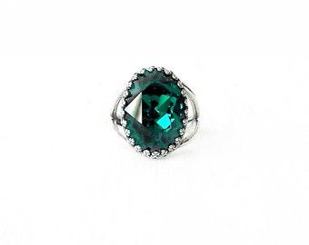 Silver Cocktail Ring - Swarovski Crystal, Brass - Emerald Green - The Cocktail: Large Oval Bezel Set