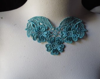 2 Lace Appliques in TEAL for Necklaces,  Costume Design CA 105tl