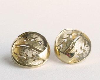 TRIFARI Gold Double Leaf Swirl Circle Earrings Clip On