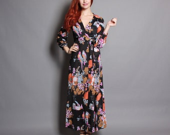 70s BIRD Print MAXI / Slinky Novelty Floral Print Wrap DRESS, xs