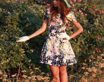 Vintage 1990s Dress / 90s Floral Dress / Small / Tulle Dress