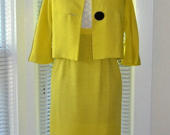 Vintage 60s Mod Dress Suit - Citrine Yellow - Linen & Lace - xs/s