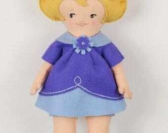 Easy Felt Doll pdf Pattern – Sadie - Instant Download