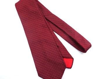 Wembley Raised Textured Maroon Wide Tie Vintage 1970s Men's Necktie
