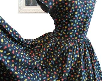 1950's Atomic Novelty Print Colourful Crowns on Black Dress Full Skirt