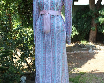 Colonial Costume, Reenactment Play Costume Vintage 70s Floral Maxi Dress High Collar Empire Waist Hippie Rustic M