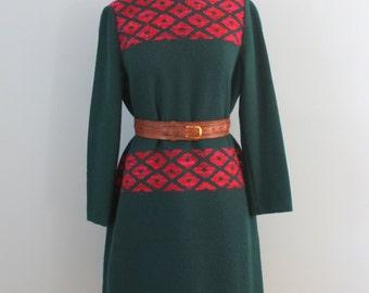 1960s dress / 60s wool blend dress / Forest green raspberry dress