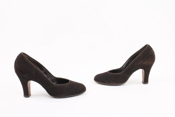 40s Pumps Brown Nubuck Leather Pinup Heels 6.5 Vintage Heels 1940s Womens Shoes Rounded Toe