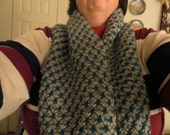 Hand Knitted Star Cowl in Grey and Teal
