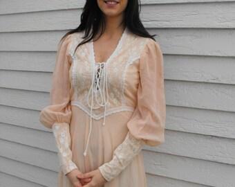 1970s Gunne Sax Dress Corset Prairie Boho Lace XS 7 Peach Hippie Full Length