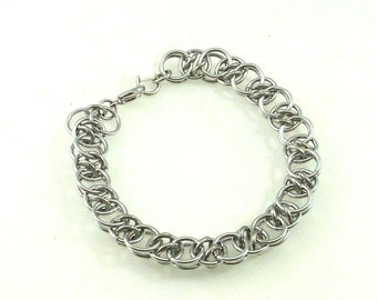 Chainmaille Jewellery, Acute Helm bracelet, silver