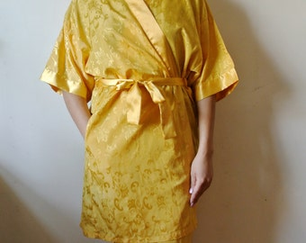 Vintage Yellow Robe Floral Print NWT Size Medium Gift For Her