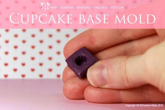 Cupcake Mold - 1/12 scale dollhouse miniature