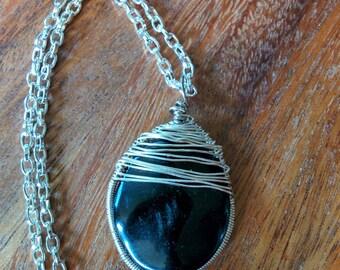 Blackstone and Silver Plate Herringbone Wrap Pendant (with chain)
