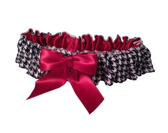Houndstooth and Crimson Wedding Garter University Alabama Bridal Garter or Game Day Garter