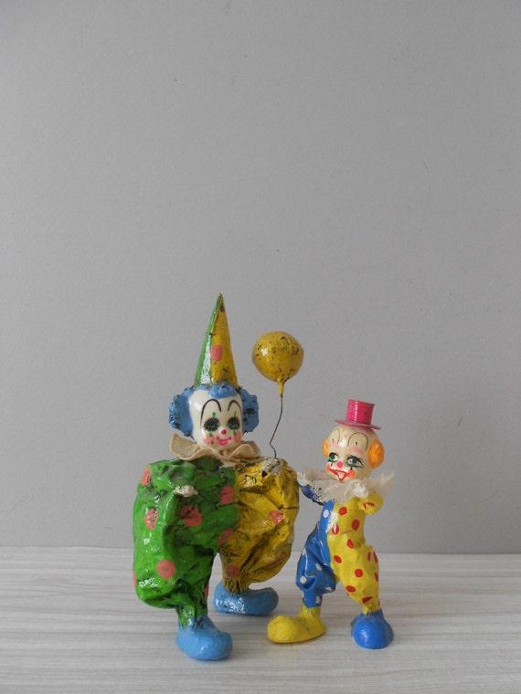 vintage paper mache clown figurine / balloon / baby nursery decor