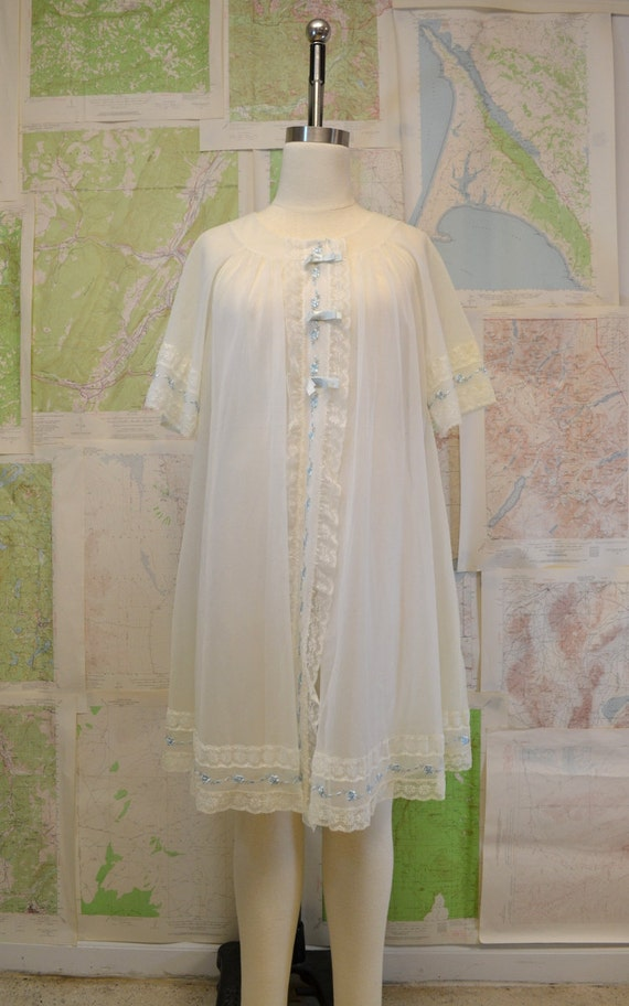 1960s White Chiffon Robe with Blue Rose Embroidery