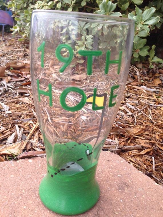 19th hole golf wine glass golf lover pub glass