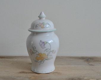 Vintage china storage ginger jar - Sadler Sweet Pea - Floral pastel colours