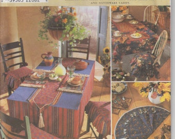 Home Decor Sewing Pattern Tablecloth Table Runners Place Mats Chair Pads Silverware Utensil Caddy Uncut Simplicity 8350 S