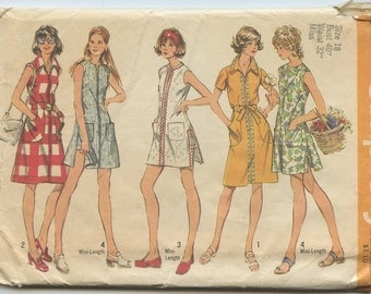 1970s Simplicity 5004 Misses Summer Dress or Tunic and Shorts Vintage Sewing Pattern Bust 40