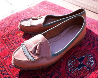 Vintage BASS Moccasins, Tassel, Fringe, Leather, Minnetonka, Loafers, Southwestern, 8.5